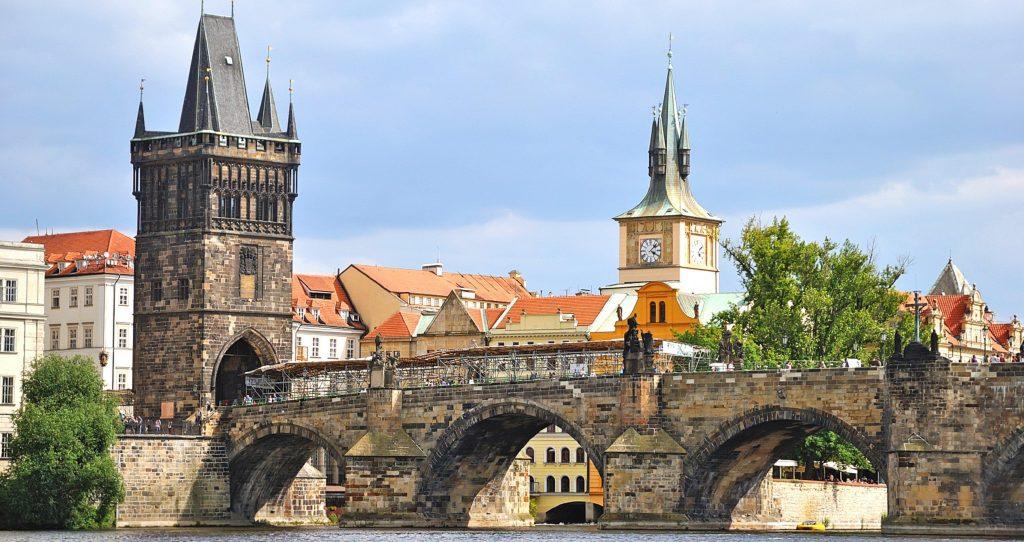 Экскурсия из Карловых Вар - Классическая Прага