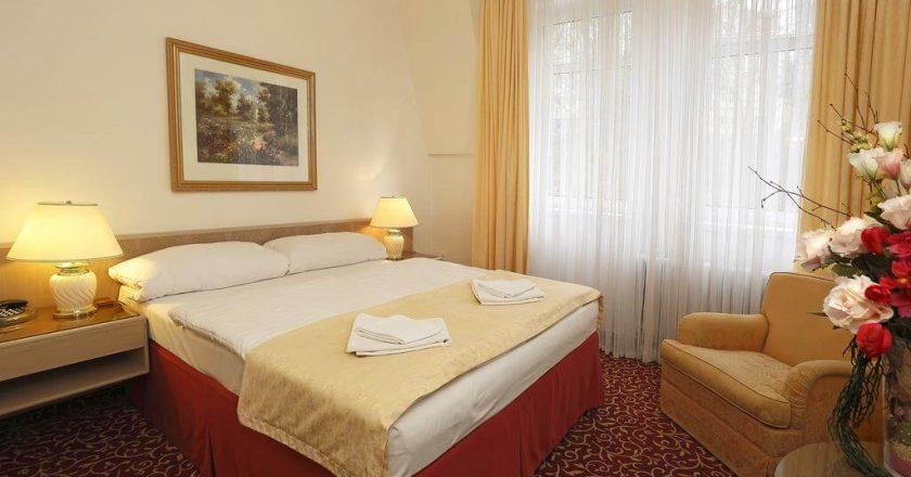 Отель Romania в Карловых Варах