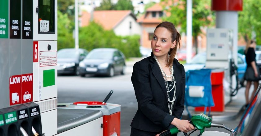 Заправка автомобиля в Чехии