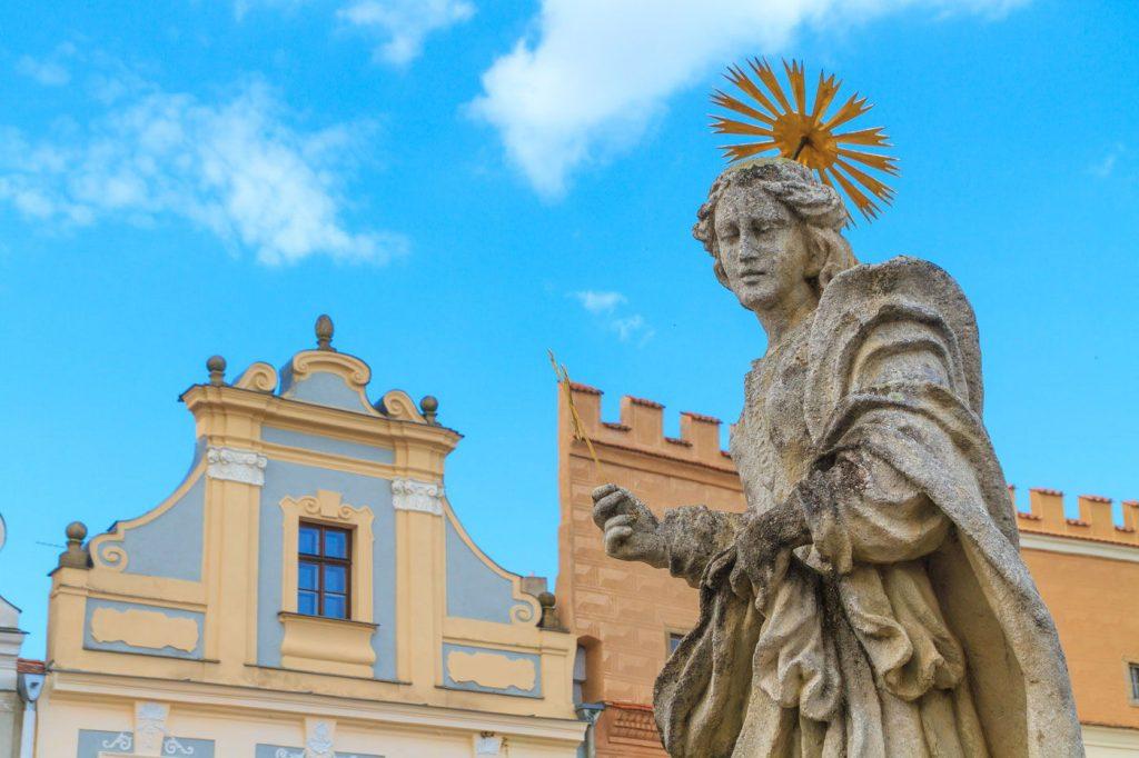 Телч - уникальный город Чехии - каменный фонтан