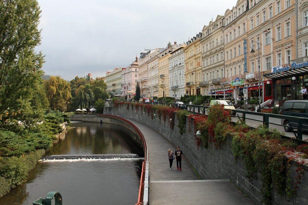Приобретение собственного жилья в Чехии, Карловы Вары