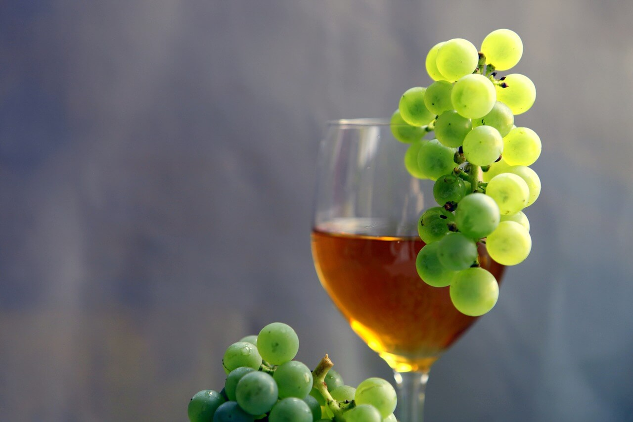 бурчак (молодое вино)