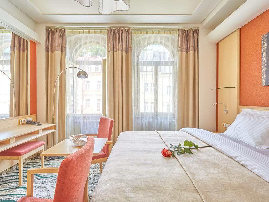 Санаторий Spa Hotel Iris в Карловых Варах