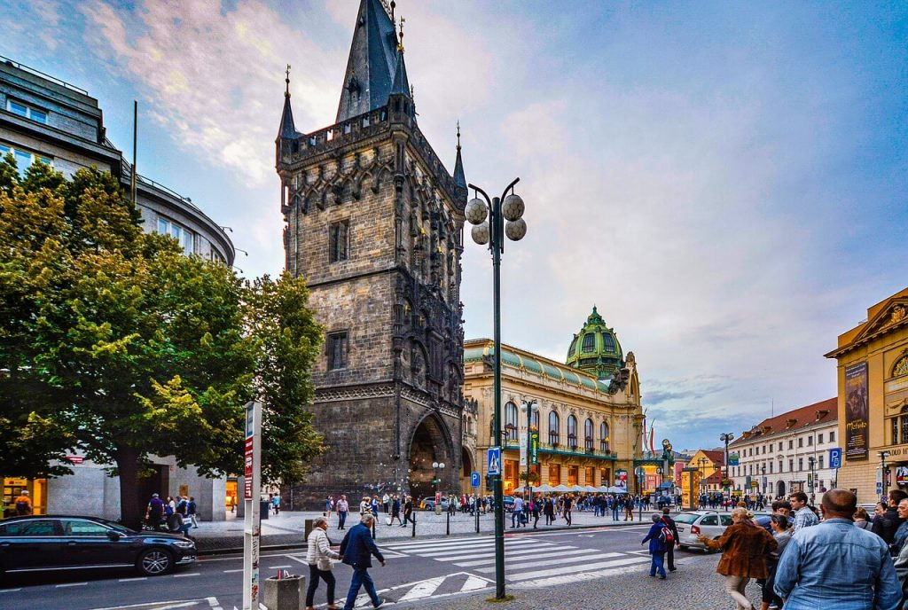 Аренда автомобиля в Праге 10 советов.