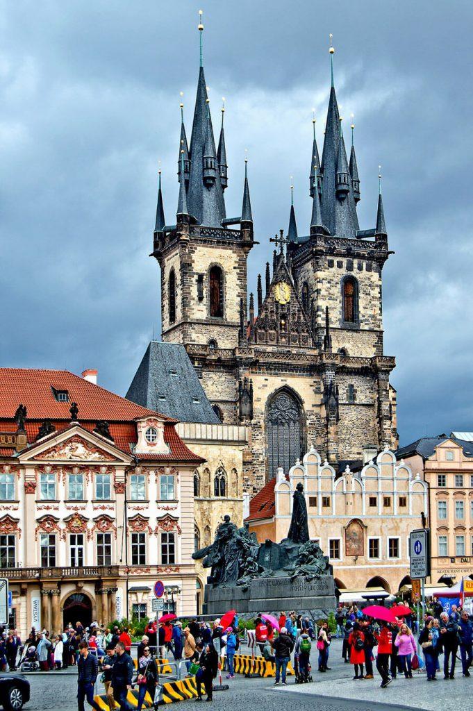 Памятник Яну Гусу, Прага