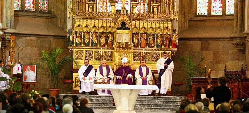 Месса в католическом костеле
