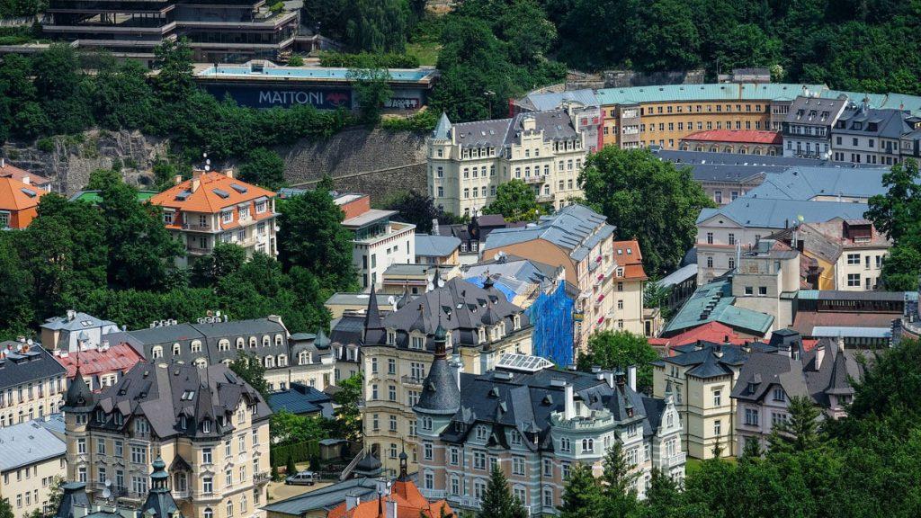 Чешская недвижимость: чем она привлекает инвесторов?