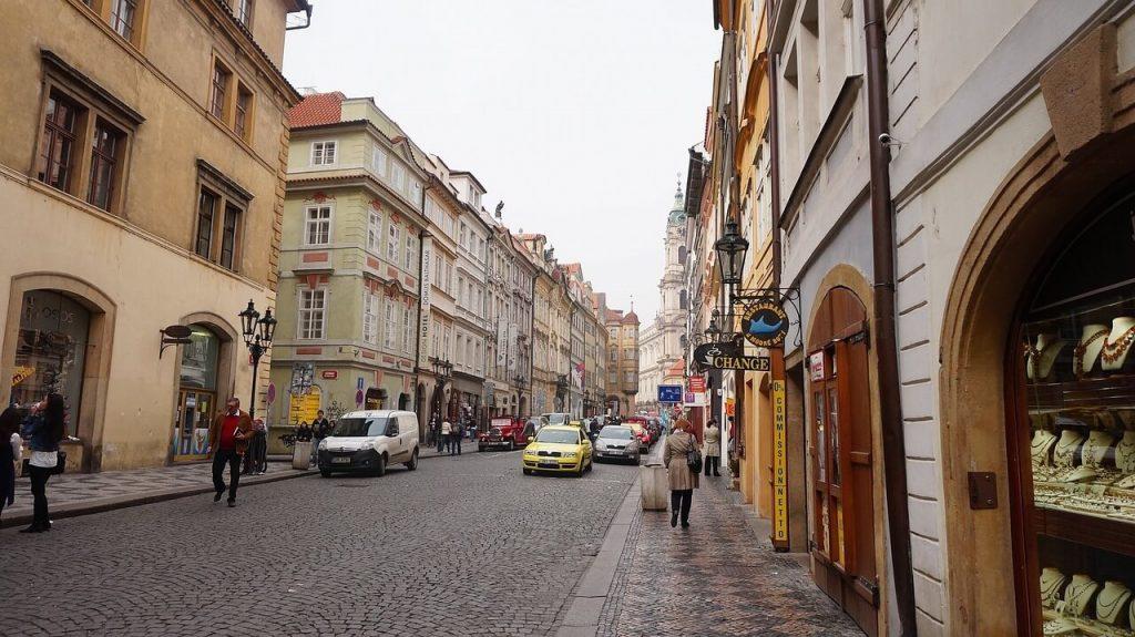 Как купить или сдать квартиру в Чехии