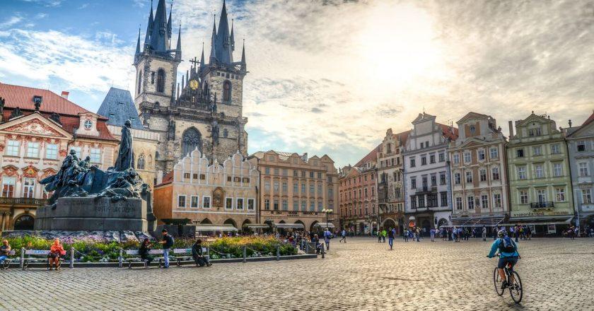 Квартиры в Чехии. Выгодно ли сейчас покупать недвижимость в Чехии?